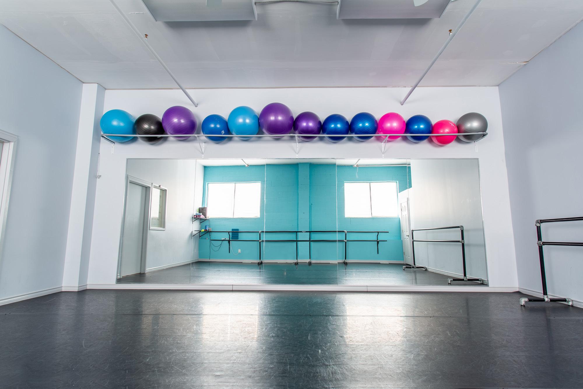 Dance Creations Studio 2